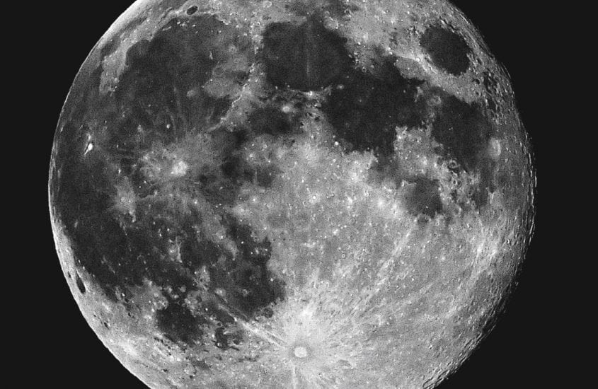 Day 17 – The moon